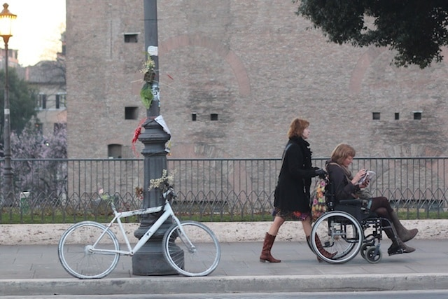 Where to rent a wheelchair in italy context travel blog for Motorized wheelchair rental nyc