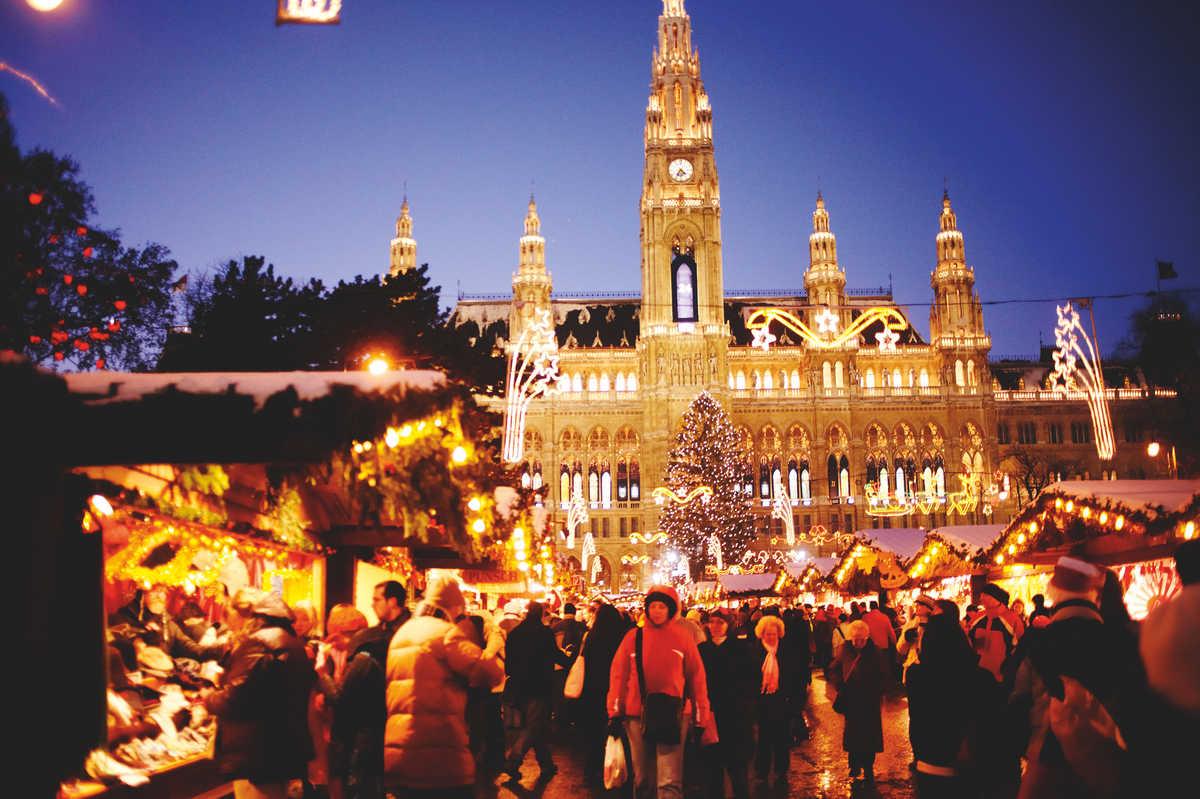 vienna christmas market holidays 2018