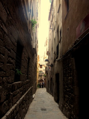 A street of the Jewish Call — Day Trip from Barcelona
