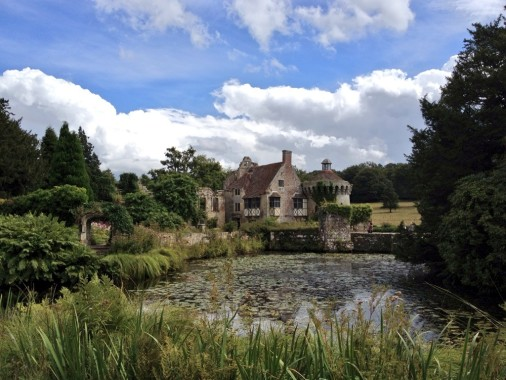 Scotney castle—Medieval Sites around London