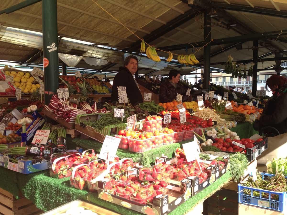 food culture of the italian renaissance fresh fruit and vegetables at the market in venice
