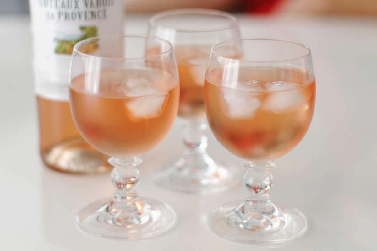 Rosé wine.  Photo credit: Arthur Caranta, Flickr.