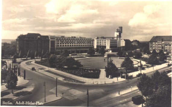 Adolf-Hitler-Platz (later Theodor-Heuss-Platz), 1937. Source: berliner-untergrund.de
