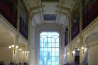 Inside the Agoudas Hakehilos Synagogue; photo by G. Freihalter via Wikipedia