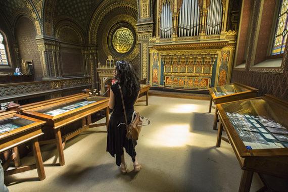 How to Visit Prague's Jewish Museum: Spanish Synagogue