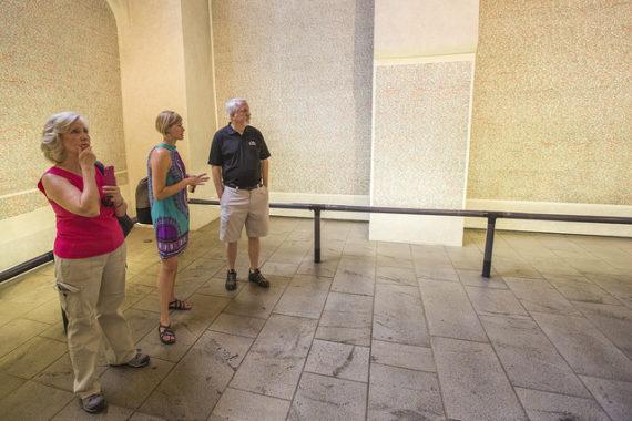 How to Visit Prague's Jewish Museum: Pinkas Synagogue and Holocaust Memorial