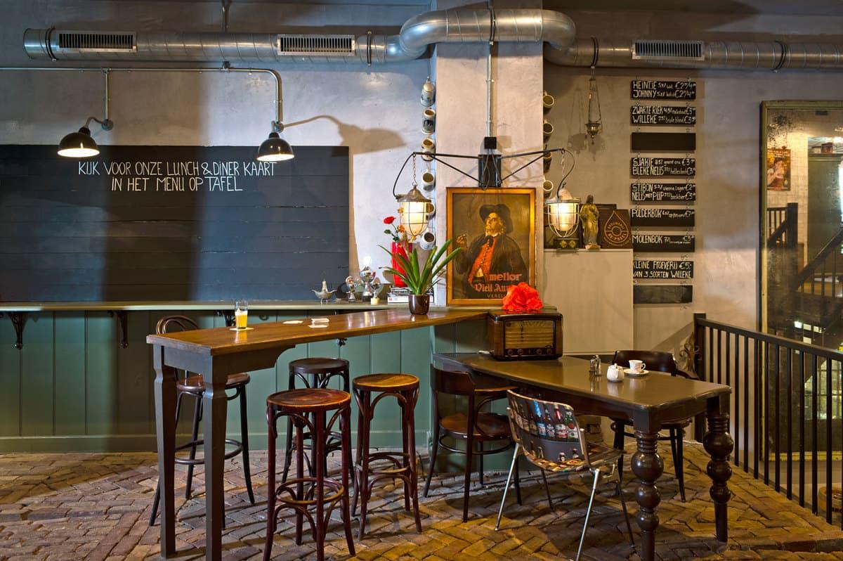 One of the best pubs in Amsterdam: De Prael craft beer brewery.