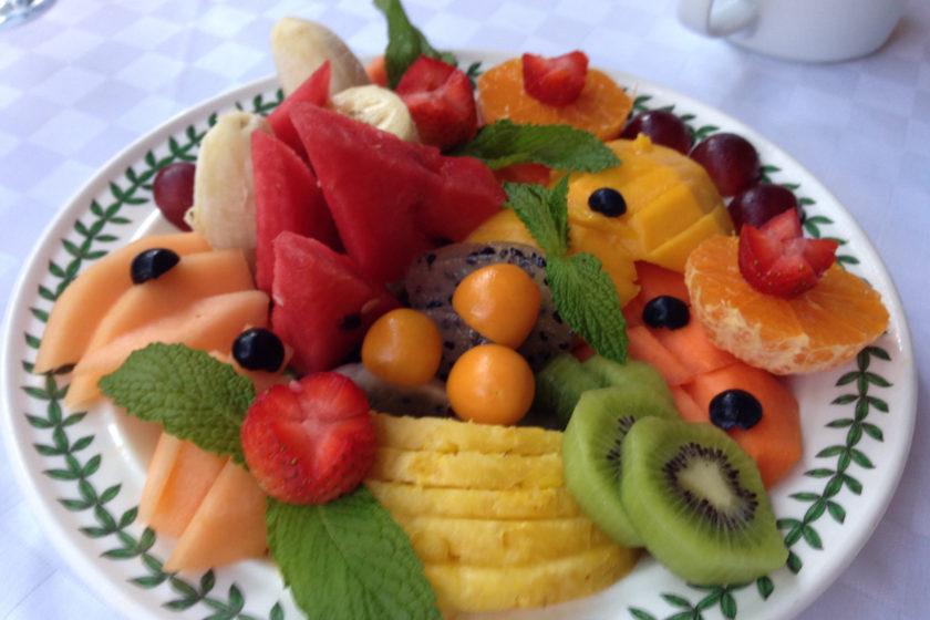 Visiting Cartagena - Fruit and History