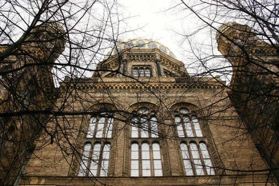 Visiting Berlin - Synagogue
