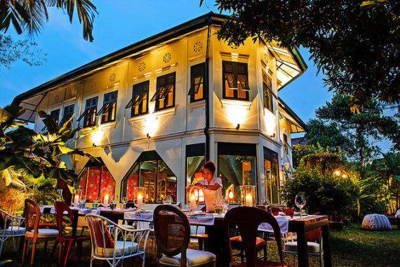 Visiting Bangkok - Issaya Siamese Club